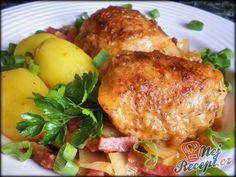 Staročeské kuře na zelí a pivním salámu Tandoori Chicken, Dip, Pork, Food And Drink, Turkey, Treats, Dinner, Ethnic Recipes, Cooking