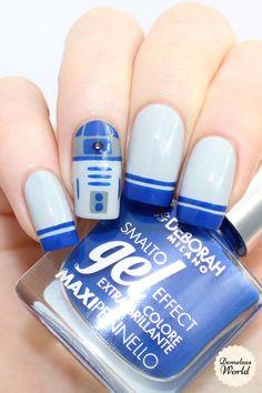 Star Wars R2D2 Nail Art