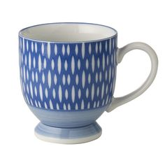 Love the blue and pattern - bold on the outside, but not busy on the inside