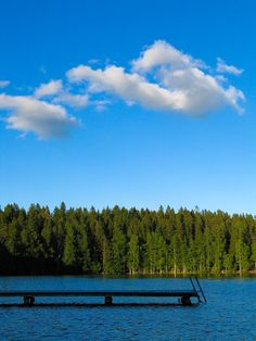 There are 187 888 lakes in Finland. Here is one of them.