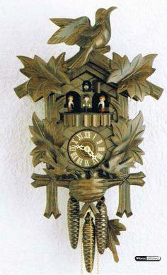 Carved Cuckoo Clock ~ 1-day-movement