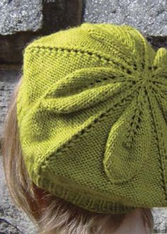 Create stunning knitted accessories including this knit beret pattern when you download your free eBook