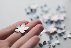 flower-embellishments-diy-paper-card-craft-punch.jpg (640×433)