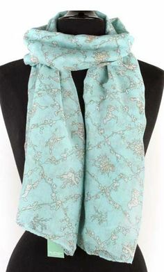 Anna Scarf in Soft Blue I really think I need this :)