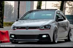 Most incredible Polo ever. Vw Polo Modified, Modified Cars, Vw Racing, Street Racing, Volkswagen Polo, Polo Gti, Driving School, Vw Cars, Luxury Cars
