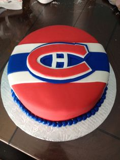 Montreal canadiens that's what I want for my birthday cake! Hockey Birthday, Hockey Party, My Birthday Cake, 5th Birthday, Montreal Canadiens, Stanley Cup Cakes, Fondant Cakes, Cupcake Cakes, Cupcakes
