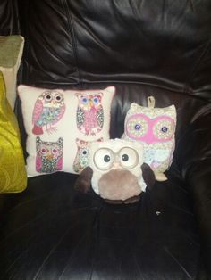 Shabby chic owls