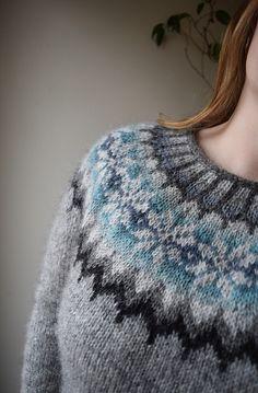 Ravelry: Lovewool-Knits' Rainlopi--love the colors! Use this type of thing for Marie's next Bohus? Mittens Pattern, Knitting Socks, Knitting Stitches, Hand Knitting, Knitted Hats, Knitting Machine, Fair Isle Knitting Patterns, Fair Isle Pattern, Tejidos