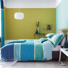 Aquamarine Duvet Cover | Click image to zoom -- or click here to enlarge