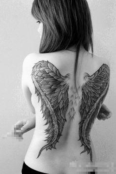 ×÷·.·´¯`·)» Demostrando toda arte, poder e sensualidade de uma mulher tatuada! «(·´¯`·.·÷×