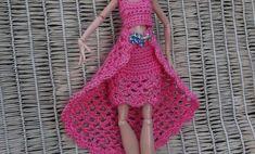 Как связать двойную юбочку кукле. How to tie a double skirt doll.