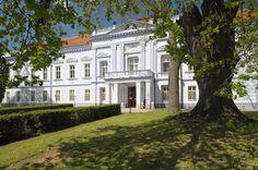 Slovakia, Mojmírovce - Manor-house