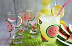 Add A Splash Of Fun To Your Summertime Table With These Colorful Watermelon Glasses. Using vinyl from StyleTech Craft and your Cricut cutting machine. Watermelon Images, Watermelon Crafts, Watermelon Designs, Cute Watermelon, Summer Diy, Summer Crafts, Pink Drinks, White Coffee Mugs, Coffee Gifts