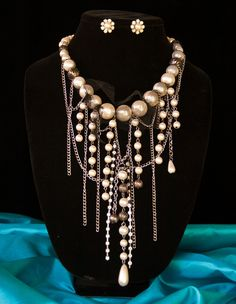French Quarter Vamp Necklace