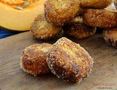 Ricetta per preparare le POLPETTE DI ZUCCA gialla o arancione. Un secondo piatto o contorno vegetariano. Perfette per buffet o per la cena di Halloween.