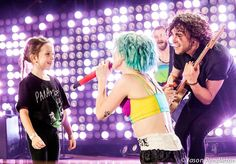 they brought up this little one for ain't it fun last night & hayley said she knew every single word. god, I love this band!