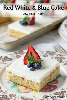 A Festive Sour Cream Cake perfect for the of July. Low Carb Keto and Sugar-free. A Festive Sour Cream Cake perfect for the of July. Low Carb Keto and Sugar-free. Sugar Free Desserts, Sugar Free Recipes, Köstliche Desserts, Dessert Recipes, Low Carb Deserts, Low Carb Sweets, Cream Cheeses, Stevia, Best Low Carb Recipes