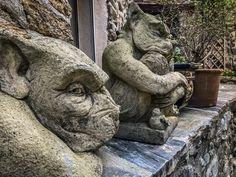 Visiter le Pays Catalan, mes 11 lieux insolites - Blog Kikimag Travel Formation Photo, Garden Sculpture, Lion Sculpture, Les Cascades, Saint Martin, Le Havre, Statue, Outdoor, 31 Mai