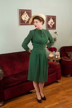 Vintage 1930s Dress - Fantastic Later 30s Green Rayon Crepe Dress with Pintucking and Bow Belt - Eire