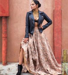 Chandrika Ravi photo shoot model romantic Actress Chandrika Ravi 2018 New Spicy Gallery Indian Designer Outfits, Indian Outfits, India Fashion, Asian Fashion, Photography Poses Women, Fashion Photography, Fashion Shoot, Fashion Outfits, Fashion Ideas