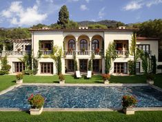 Google Image Result for http://www.siamhousedesign.com/wp-content/uploads/2011/10/Italian-villa-4.jpg