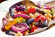 Quinoa chickpea and chargrilled vegetables recipe, Viva – visit Eat Well for New Zealand recipes using local ingredients - Eat Well (formerly Bite) Great Vegan Recipes, Lunch Recipes, Clean Eating, Healthy Eating, Main Dish Salads, Grilled Vegetables, Veggies, Quinoa Salad, Vegetable Recipes