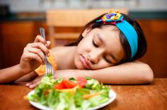 At LA Speech Therapy Solutions, the OT Therapy Los Angeles team knows it can be hard to feed a picky eater. If your child is not responding well to your attempts at integrating new foods into their diet, try these healthy, picky-eater approved tips. Fussy Eaters, Picky Eaters, Nutrition Guide, Kids Nutrition, Hungry Children, Eating Vegetables, Hidden Veggies, Wellness Programs, Living At Home