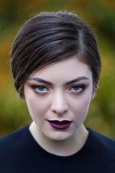Lorde, queen of the purple lip.