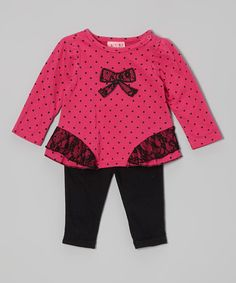 Crafted from equal parts charm and girly glamour, this precious pair will delight dainty dreamers with each and every wearing. With frilly ruffle trim, bold color, snaps on the shoulder and an easy elastic waistband, it's one sensationally sweet look that's oh-so simple to sport.Includes top and leggings60% cotton / 40% polyester