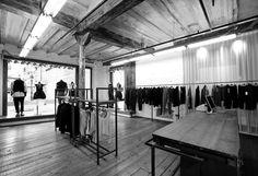 LURDES BERGADA & SYNGMAN CUCALA Store BORNE Area > Plaça Santa Maria 2, 08003 BARCELONA  Opening Hours 10:30-21:00  Tel. +34 932 956 794
