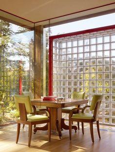 Le carreau de verre; briques de verre - belle idée pour le salon illuminé