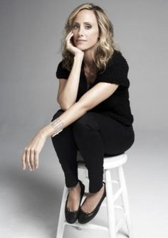 Uploaded by Jane. Find images and videos about kim raver and lipstick jungle on We Heart It - the app to get lost in what you love. Lipstick Jungle, Kate Walsh, Chuck Norris, Great Legs, Badass Women, Celebs, Celebrities, Greys Anatomy, Girl Crushes