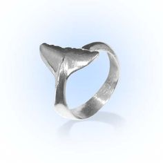 Women's Whale Tail Ring