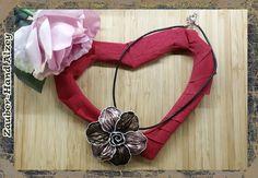 Aus ALT mach NEU - Blume mit Kette von Zauber-Hand Alzey auf DaWanda.com