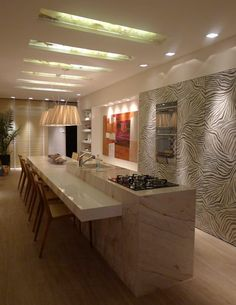 Casa Cor Santa Catarina 2013: Cozinhas modernas por ANNA MAYA & ANDERSON SCHUSSLER