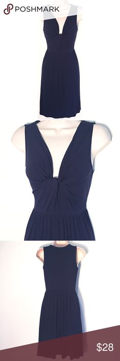 """❣BOGO 1/2 off❣J. Crew knotted sleeveless dress xs Flawless condition. Very stretchy & soft rayon/spandex blend. XS. Approx 35"""" long, 17"""" flat across bust, & 26"""" waist. ❣Ask me how to BOGO HALF price! ✖️I do NOT MODEL✖️ 🔴Bundle to save! 🔴NO TRADES. 🔴REASONABLE offers welcome via offer button. J. Crew Dresses Mini"""