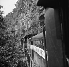 TC, Emory Gap, Tennessee, 1962 View from 3rd unit of Tennessee Central Railway freight train headed on 160-mile run to Emory Gap, Tennessee, in April 1962. After leaving yard in Nashville, train climbs grade on narrow shelf blasted out of mountain side. Photograph by J. Parker Lamb, © 2016, Center for Railroad Photography and Art. Lamb-02-027-03