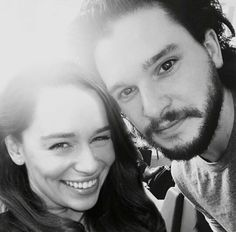 kit harington has ex girlfriend rose leslie and emilia clarke giggling kit harington emilia. Black Bedroom Furniture Sets. Home Design Ideas
