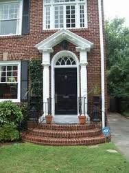 lovely front door and curved brick steps Patio Steps, Brick Steps, Outdoor Steps, Concrete Steps, Porch Stairs, Front Stairs, House Stairs, Front Porch Steps, Front Walkway