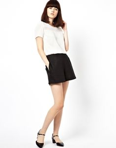 $33.33 on @Keaton Row website, arranged with full of fashion... click to see it in action. Shorts by ASOS Collection Made from a breathable linen blend. High-rise waist. Pockets to sides. Side zip fastening. Regular fit. Body: 55% Linen, 45% Viscose