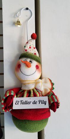 Christmas Tree Design, Christmas Makes, Christmas Wreaths, Christmas Crafts, Christmas Decorations, Christmas Ornaments, Holiday Decor, Christmas Wonderland, Tree Toppers