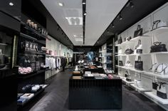 Welcome in Amsterdam: Karl Lagerfeld