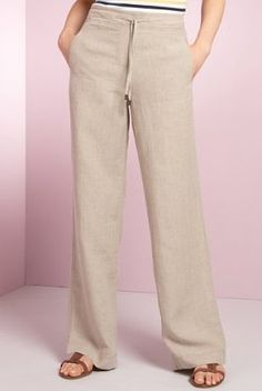 Fashion Trends for Women Over 50 - Fashion Trends Kaki Pants, Skirt Pants, Pants Outfit, Shorts, Trousers Women, Pants For Women, Cute Summer Outfits, Linen Pants, Dress Codes