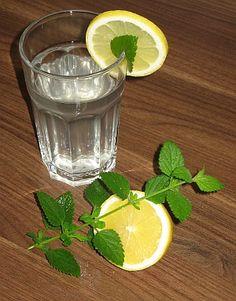 Medovkový sirup Shot Glass, Favorite Recipes, Tableware, Syrup, Dinnerware, Dishes