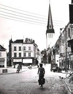 Issoudun Eglise St Cyr France Europe, Berry, Centre, Street View, Vintage, Antique Post Cards, City, Bury, Vintage Comics
