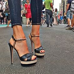 stylous in the city.... #nyc #ruthiedavis #shoes #top #style