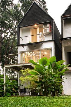 House facade contemporary building Ideas for 2020 Facade Design, Architecture Design, Minimalist Architecture, Building Architecture, Home Garden Design, House Design, Modern Apartment Decor, Apartment Design, Facade House