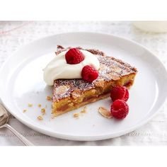 The bakewell tart is an English invention first created in the 1800s. Like many recipes, over time it appears in various forms.
