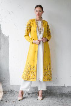 Buy Mustard & white satin cotton sequin & zari work ankle-length jacket with kurta & palazzo by Prathyusha Garimella at Aza Fashions Pakistani Dress Design, Pakistani Dresses, Indian Dresses, Kurta Designs Women, Blouse Designs, Dress Designs, Indian Wedding Outfits, Indian Outfits, Bridal Outfits