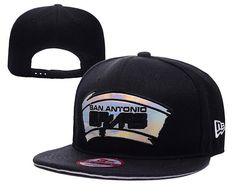 Mens San Antonio Spurs New Era NBA Hardwood Classics Reflective Silver Logo LC 1703 9FIFTY Snapback Cap